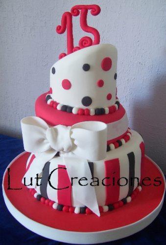 Tortas decoradas para 15 años (11)