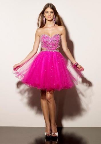 12 Hermosos vestidos para fiestas de 15 en verano (5)