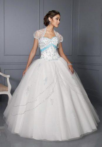 13 Bellos vestidos para fiestas de 15 en invierno (1)