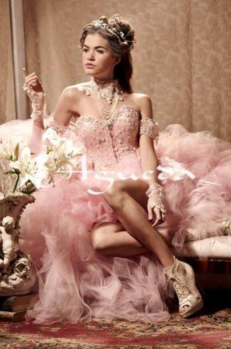 13 Bellos vestidos para fiestas de 15 en invierno (11)