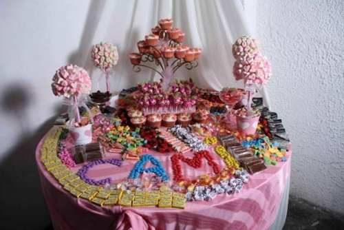 10 Hermosas mesas dulces para 15 años (5)