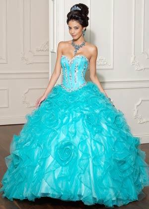 10 Novedosos vestidos de quinceañera (1)