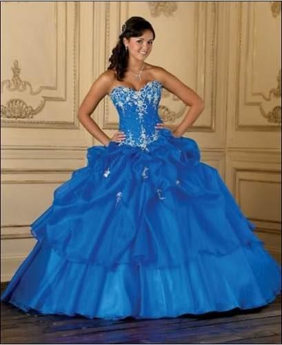 10 Novedosos vestidos de quinceañera (8)