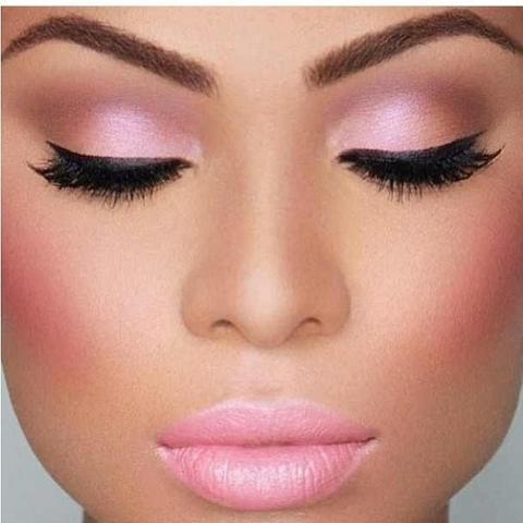 11 Hermosos estilos de maquillaje para 15 años (1)