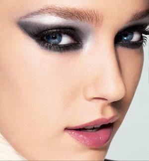 11 Hermosos estilos de maquillaje para 15 años (5)