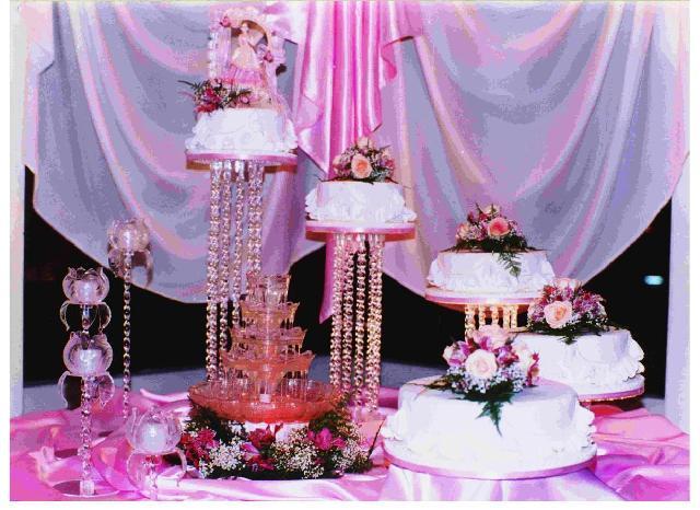 10 pasteles decorados para quince a os todo para la for Catalogo de flores de jardin