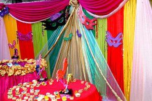 10 ideas para una decoración de 15 años de carnaval