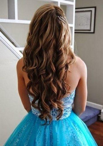 peinados+para+quinceañeras+con+cabello+largo_92
