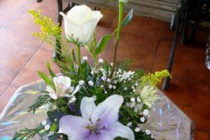 26 arreglos florales para 15 años